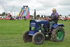 2010-tractors-(15)-1326488227