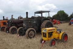 tractors-(1)-1326539568