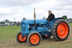 tractors-(14)-1326539629