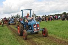 tractors-(115)-1351616215