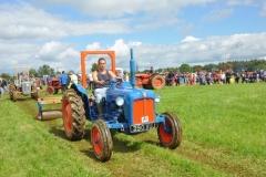 tractors-(62)-1351615208